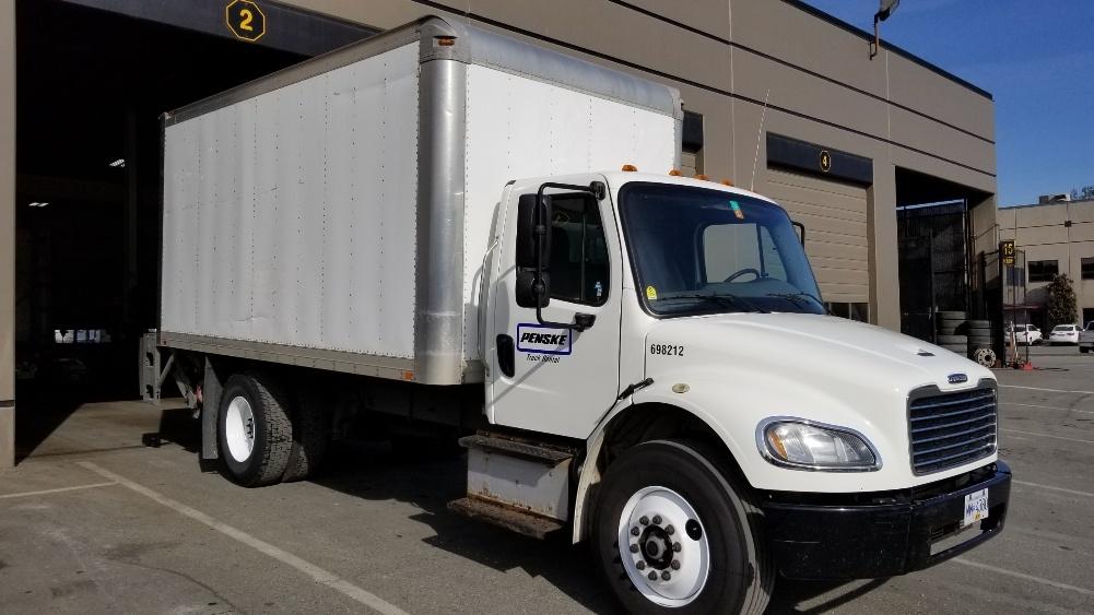 Medium Duty Box Truck-Light and Medium Duty Trucks-Freightliner-2015-M2-ABBOTSFORD-BC-261,123 km-$51,000