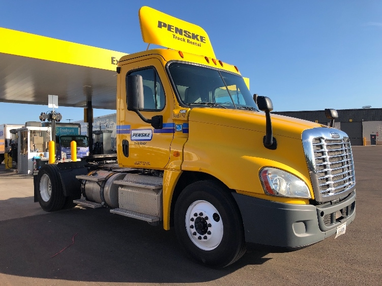 Day Cab Tractor-Heavy Duty Tractors-Freightliner-2015-Cascadia 12542ST-PHOENIX-AZ-212,394 miles-$55,250