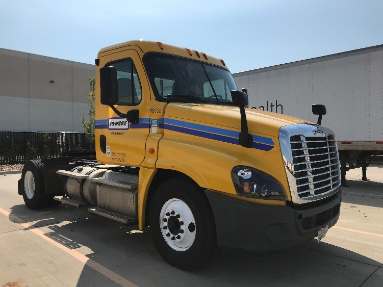 Day Cab Tractor-Heavy Duty Tractors-Freightliner-2015-Cascadia 12542ST-HOUSTON-TX-157,497 miles-$52,500