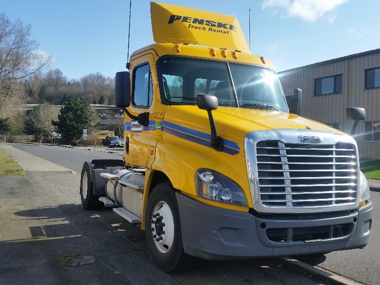 Day Cab Tractor-Heavy Duty Tractors-Freightliner-2015-Cascadia 12542ST-TUKWILA-WA-106,193 miles-$77,500