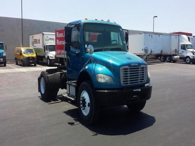 Day Cab Tractor-Heavy Duty Tractors-Freightliner-2007-M2-LAS VEGAS-NV-228,959 miles-$25,000