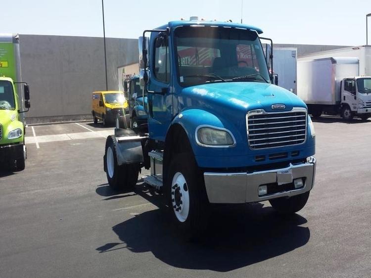 Day Cab Tractor-Heavy Duty Tractors-Freightliner-2007-M2-LAS VEGAS-NV-307,003 miles-$20,750