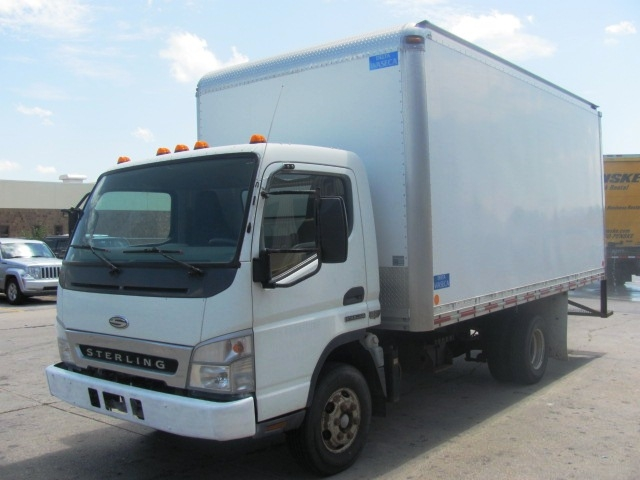 Medium Duty Box Truck-Light and Medium Duty Trucks-Sterling-2007-360-OMAHA-NE-137,152 miles-$14,000