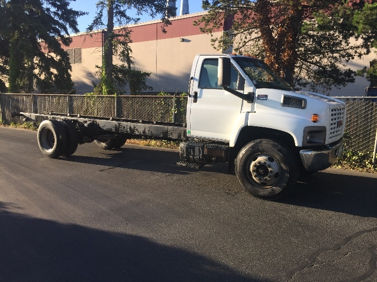 Cab and Chassis Truck-Light and Medium Duty Trucks-GMC-2004-C7C042-KENT-WA-231,114 miles-$7,500