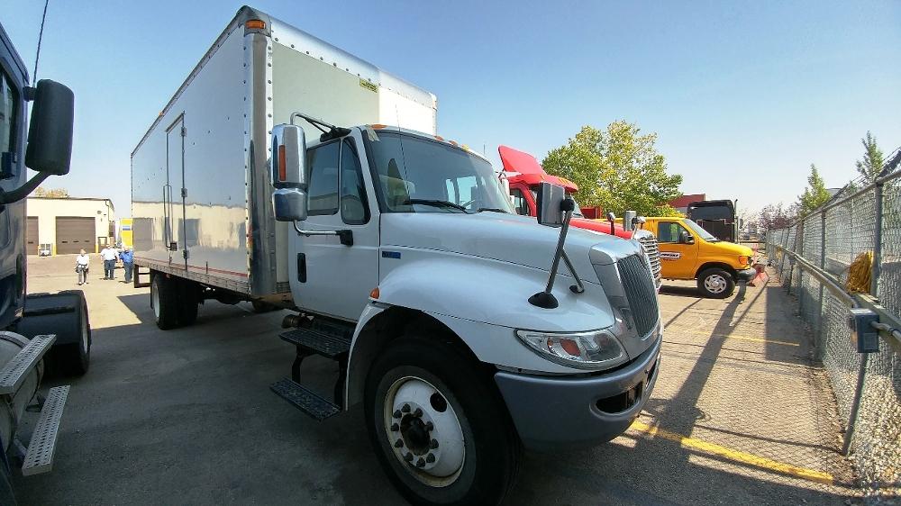 Medium Duty Box Truck-Light and Medium Duty Trucks-International-2013-4300-CALGARY-AB-300,759 km-$30,000