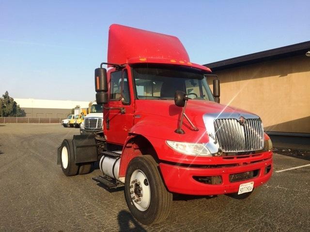 Day Cab Tractor-Heavy Duty Tractors-International-2012-4400-WEST SACRAMENTO-CA-193,720 miles-$21,000