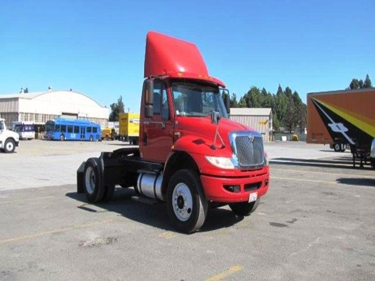 Day Cab Tractor-Heavy Duty Tractors-International-2012-4400-TORRANCE-CA-220,623 miles-$22,750