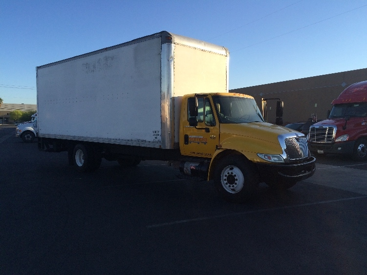 used medium duty box trucks for sale in nv penske used trucks. Black Bedroom Furniture Sets. Home Design Ideas