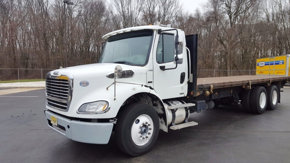 Flatbed Truck-Light and Medium Duty Trucks-Freightliner-2010-M211264S-BURLINGTON-NJ-287,262 miles-$31,750