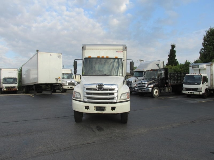 Medium Duty Box Truck-Light and Medium Duty Trucks-Hino-2012-238-ROCHESTER-NY-324,830 miles-$17,750