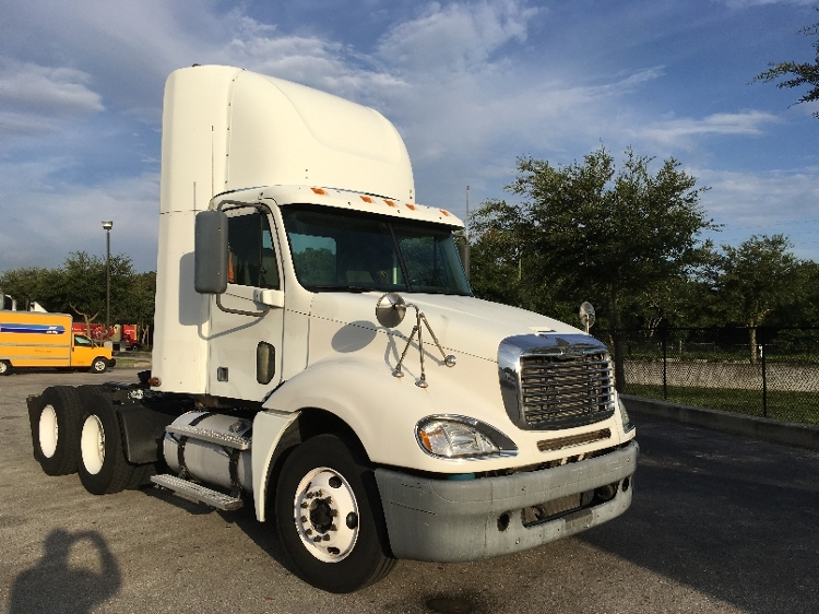 Day Cab Tractor-Heavy Duty Tractors-Freightliner-2007-Columbia CL12064ST-LAKELAND-FL-789,907 miles-$24,500
