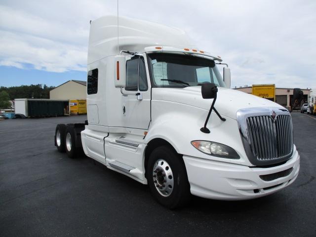 Sleeper Tractor-Heavy Duty Tractors-International-2009-ProStar-FORT WAYNE-IN-658,815 miles-$24,750