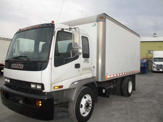 Medium Duty Box Truck-Light and Medium Duty Trucks-Isuzu-2006-FTR-FREDERICK-MD-263,318 miles-$16,750