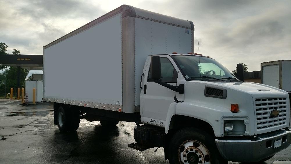 Medium Duty Box Truck-TRUCK-Chevrolet-2005-C6C042-NEW CASTLE-DE-440,995 miles-$5,750
