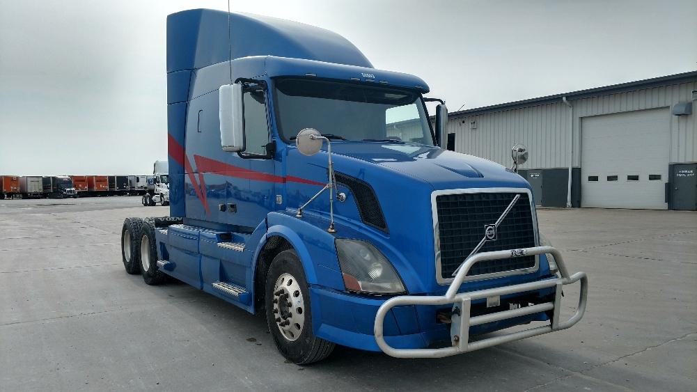 Sleeper Tractor-Heavy Duty Tractors-Volvo-2012-VNL64T630-STURTEVANT-WI-497,211 miles-$36,750