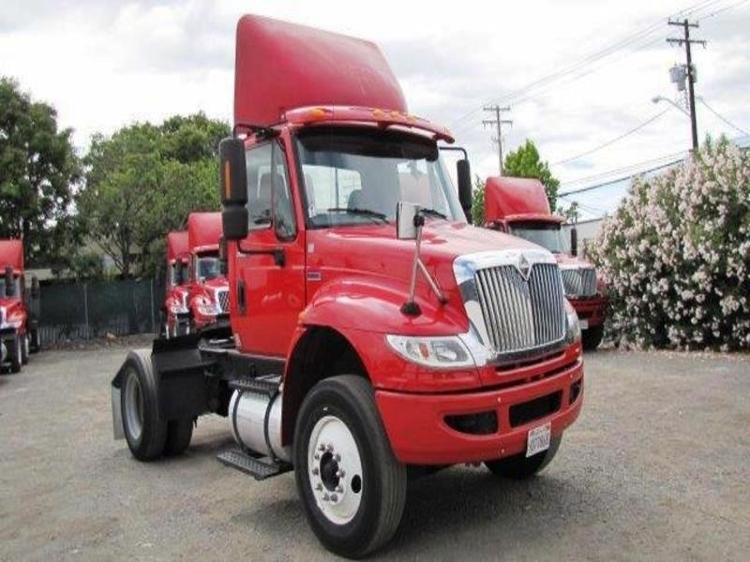 Day Cab Tractor-Heavy Duty Tractors-International-2012-4400-SANTA CLARA-CA-148,874 miles-$10,000
