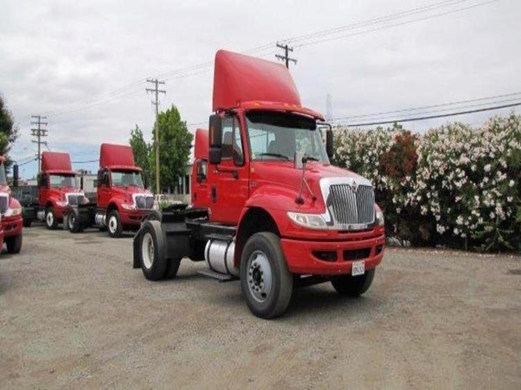 Day Cab Tractor-Heavy Duty Tractors-International-2012-4400-SANTA CLARA-CA-158,643 miles-$33,500