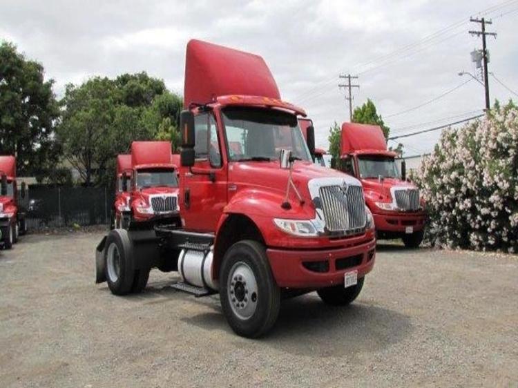 Day Cab Tractor-Heavy Duty Tractors-International-2012-4400-SANTA CLARA-CA-160,645 miles-$33,500