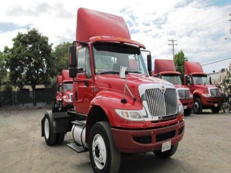 Day Cab Tractor-Heavy Duty Tractors-International-2012-4400-SANTA CLARA-CA-171,132 miles-$32,750