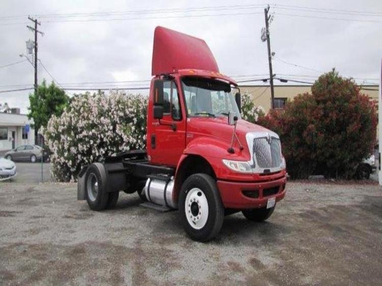 Day Cab Tractor-Heavy Duty Tractors-International-2012-4400-SANTA CLARA-CA-180,533 miles-$32,250