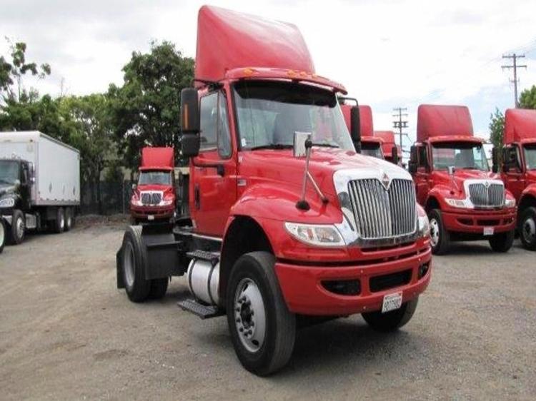 Day Cab Tractor-Heavy Duty Tractors-International-2012-4400-SANTA CLARA-CA-183,245 miles-$21,500