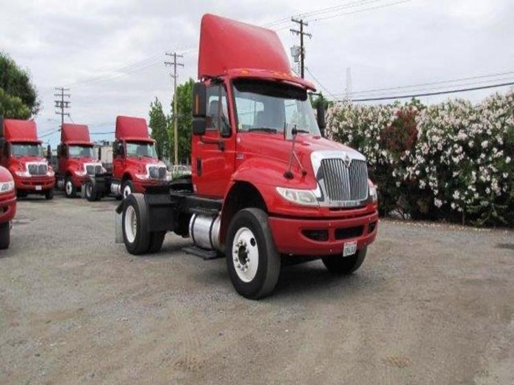 Day Cab Tractor-Heavy Duty Tractors-International-2012-4400-SANTA CLARA-CA-183,473 miles-$21,500