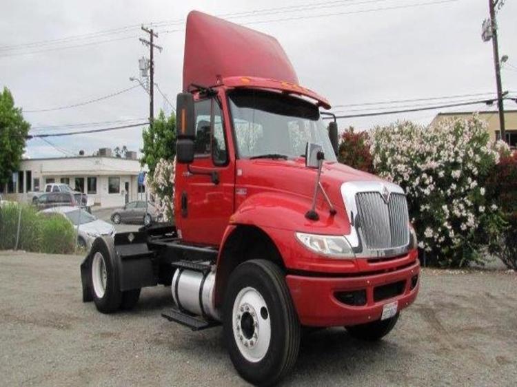 Day Cab Tractor-Heavy Duty Tractors-International-2012-4400-SANTA CLARA-CA-200,605 miles-$24,000