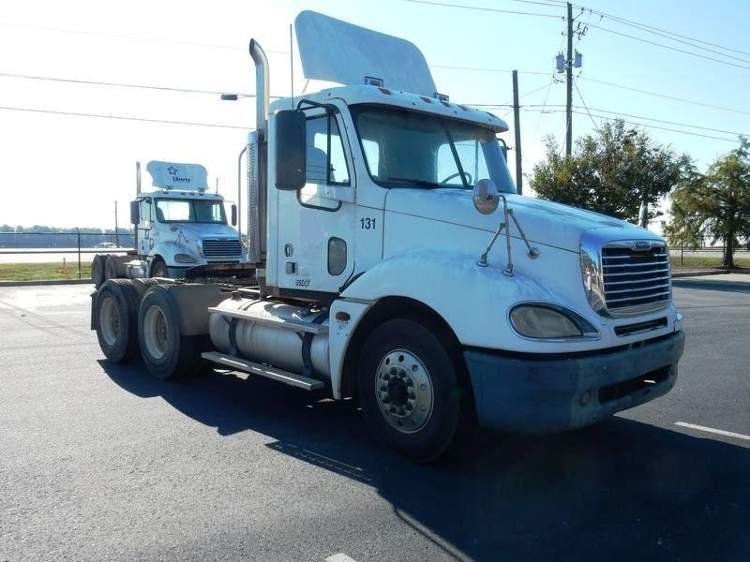 Day Cab Tractor-Heavy Duty Tractors-Freightliner-2005-Columbia CL12064ST-AUGUSTA-GA-685,243 miles-$16,500