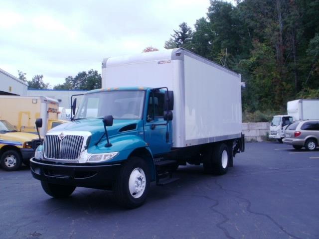 Medium Duty Box Truck-Light and Medium Duty Trucks-International-2012-4300-AUBURN-MA-196,801 miles-$22,500