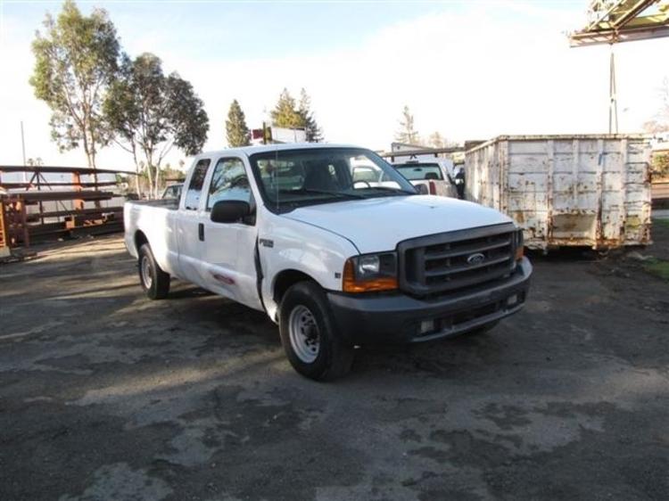 Pickup Truck-Light and Medium Duty Trucks-Ford-1999-F250-SANTA CLARA-CA-322,182 miles-$2,500
