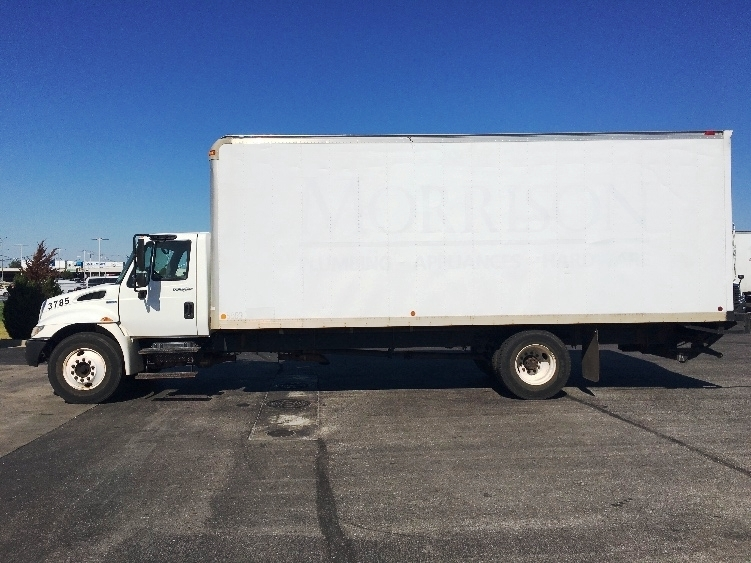 Medium Duty Box Truck-Specialized Equipment-International-2009-4300-OKLAHOMA CITY-OK-235,524 miles-$11,500