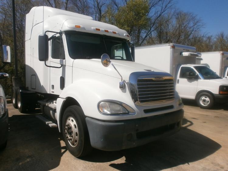 Sleeper Tractor-Heavy Duty Tractors-Freightliner-2011-Columbia CL12064ST-MEMPHIS-TN-545,692 miles-$31,250