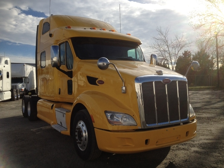 Sleeper Tractor-Heavy Duty Tractors-Peterbilt-2012-587-INDIAN TRAIL-NC-420,890 miles-$44,750