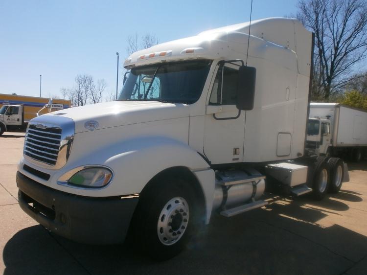 Sleeper Tractor-Heavy Duty Tractors-Freightliner-2011-Columbia CL12064ST-MEMPHIS-TN-514,766 miles-$33,500