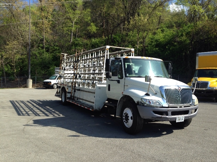 Glass Truck-Specialized Equipment-International-2010-4300-KNOXVILLE-TN-323,267 miles-$6,500