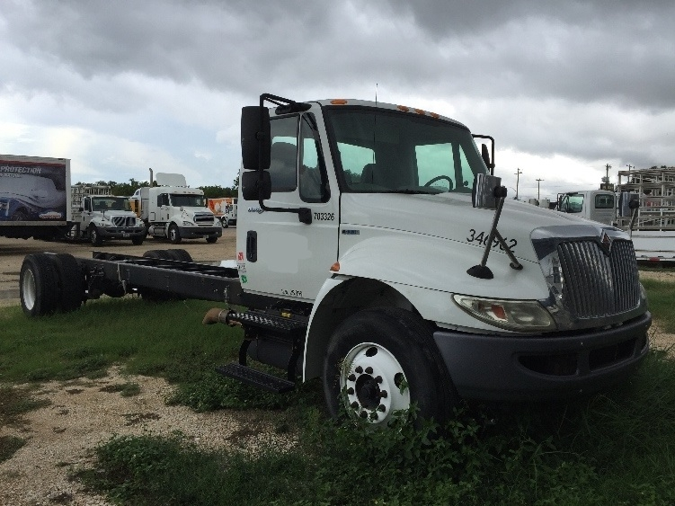 Glass Truck-Specialized Equipment-International-2011-4300-SAN ANTONIO-TX-249,852 miles-$9,000
