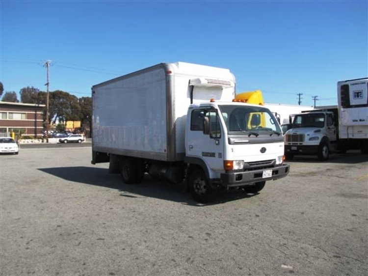 Reefer Truck-Light and Medium Duty Trucks-Nissan-2010-UD1400-SAN LEANDRO-CA-181,732 miles-$16,750