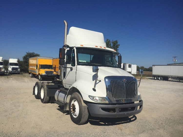 Day Cab Tractor-Heavy Duty Tractors-International-2009-8600-SPRINGFIELD-OH-328,942 miles-$24,000