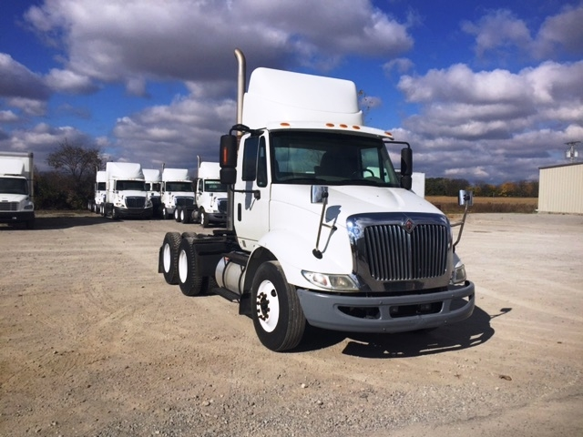 Day Cab Tractor-Heavy Duty Tractors-International-2009-8600-SPRINGFIELD-OH-315,000 miles-$19,500
