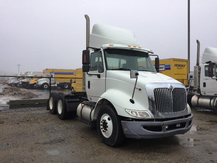 Day Cab Tractor-Heavy Duty Tractors-International-2009-8600-WARREN-MI-352,536 miles-$22,500