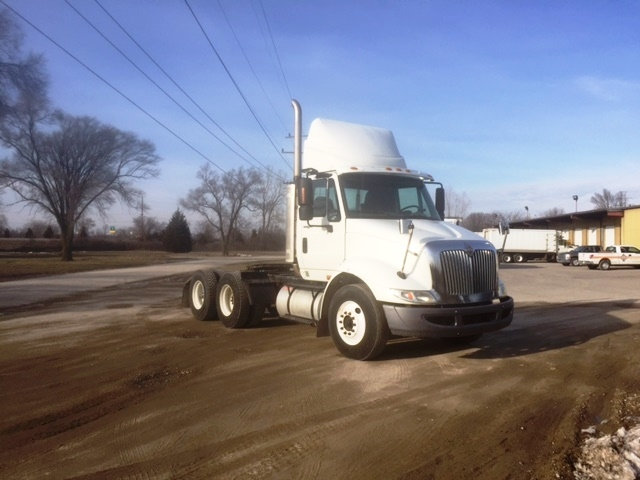 Day Cab Tractor-Heavy Duty Tractors-International-2009-8600-YPSILANTI-MI-357,513 miles-$22,500