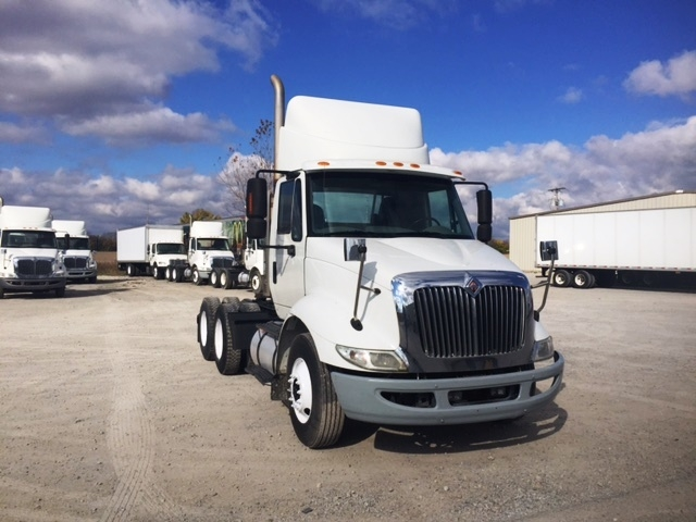Day Cab Tractor-Heavy Duty Tractors-International-2009-8600-SPRINGFIELD-OH-375,820 miles-$21,500