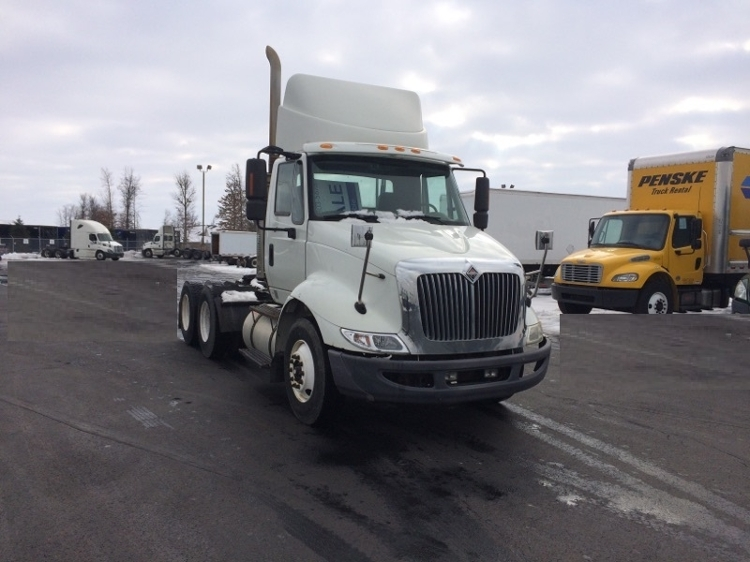Day Cab Tractor-Heavy Duty Tractors-International-2009-8600-PERRYSBURG-OH-377,238 miles-$22,500