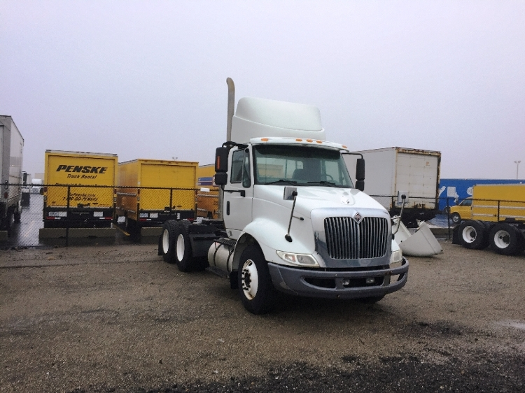 Day Cab Tractor-Heavy Duty Tractors-International-2009-8600-WARREN-MI-387,678 miles-$23,500