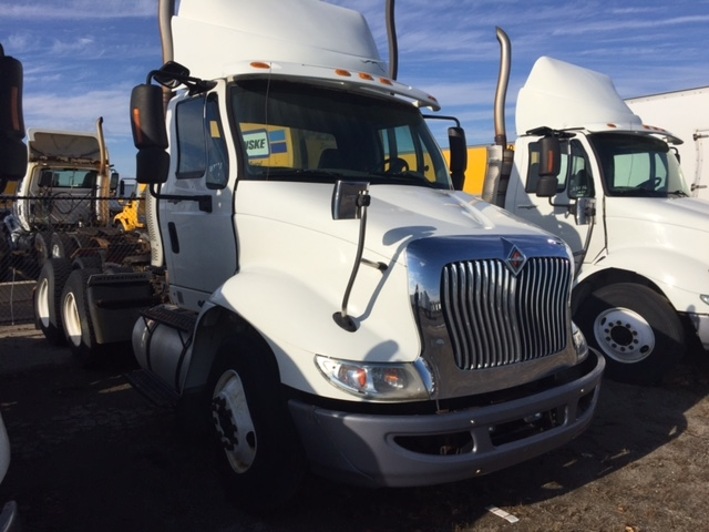 Day Cab Tractor-Heavy Duty Tractors-International-2009-8600-WARREN-MI-421,083 miles-$23,500