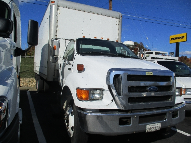 Medium Duty Box Truck-Light and Medium Duty Trucks-Ford-2006-F750-ESSEX-MD-411,345 miles-$9,750