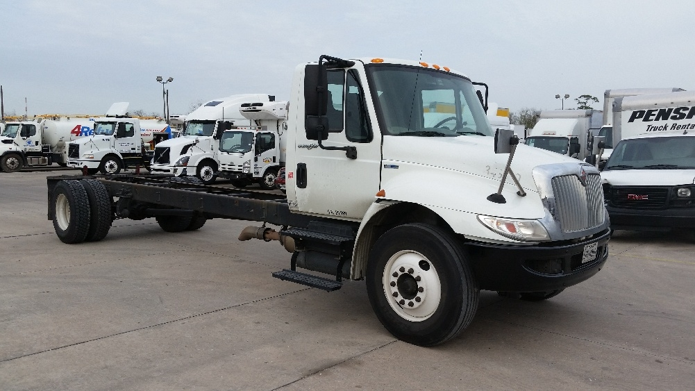 Cab and Chassis Truck-Light and Medium Duty Trucks-International-2011-4300-HOUSTON-TX-277,600 miles-$18,500