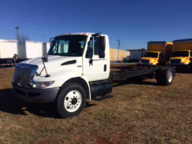 Cab and Chassis Truck-Light and Medium Duty Trucks-International-2011-4300-RALEIGH-NC-222,266 miles-$21,500