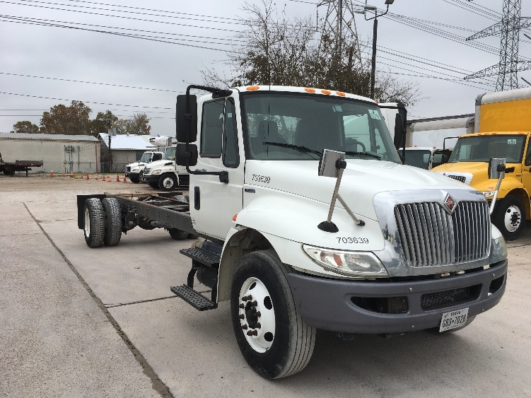 Cab and Chassis Truck-Light and Medium Duty Trucks-International-2011-4300-HOUSTON-TX-147,192 miles-$26,500