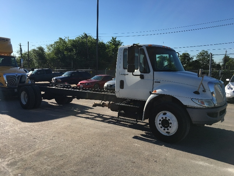 Cab and Chassis Truck-Light and Medium Duty Trucks-International-2011-4300-HOUSTON-TX-276,029 miles-$15,750